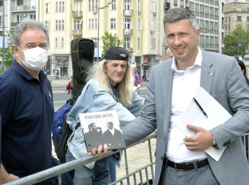 Politika i fore - sako za Rističevića, knjiga za Obradovića
