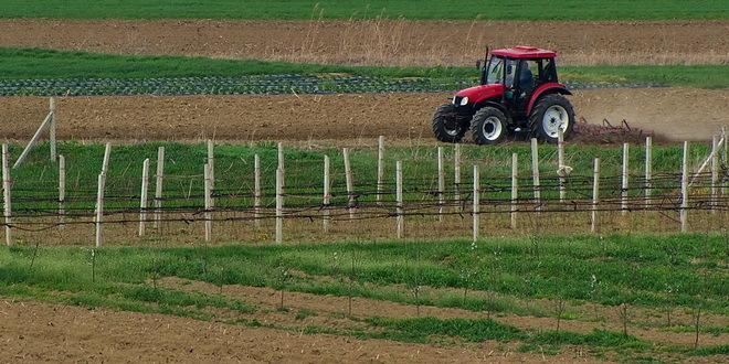 Poljoprivredna škola u Kanjiži dobila traktor