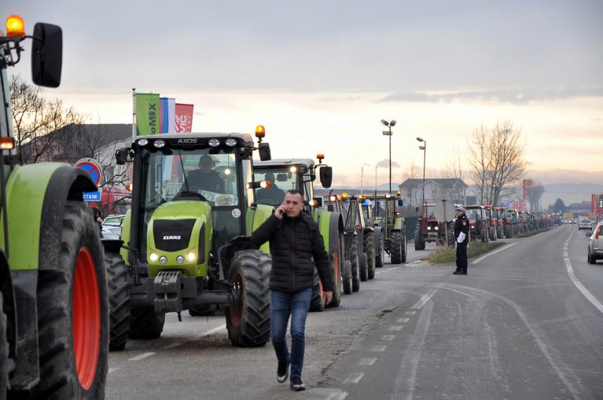 Poljoprivrednici iz Srpske i FBiH blokiraju granice