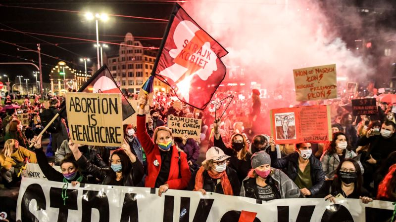 Poljski premijer: Odluka o abortusu se ne može poništiti