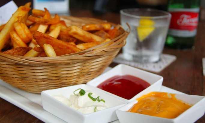 Pomfrit kao iz restorana: Najbolji trik za pripremanje krompirića