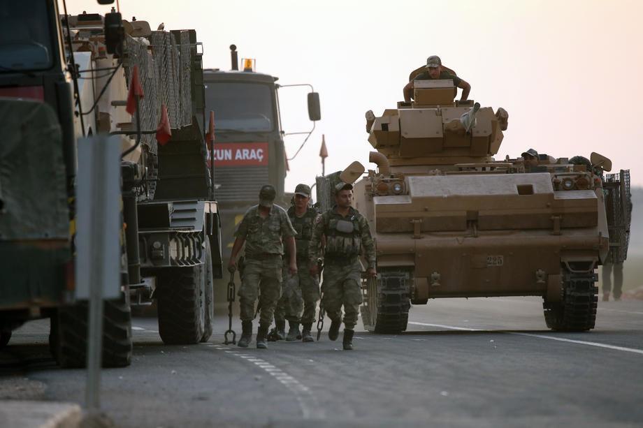 Turske snage očistile dva sela, Kurdi uzvraćaju