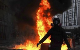 Ponovo haos na ulicama Hongkonga, povređene 24 osobe