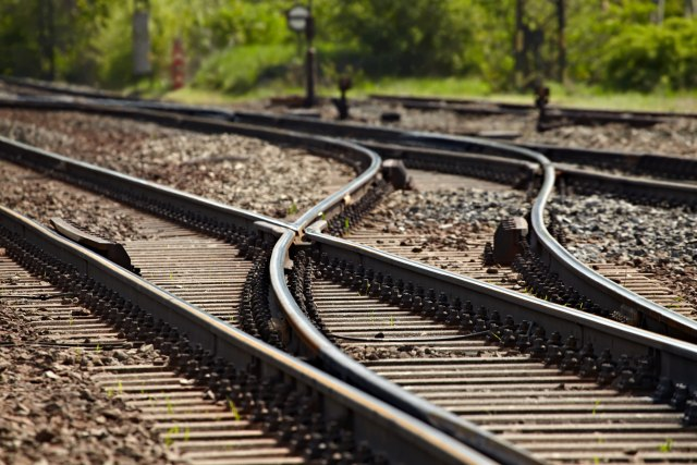 Ponovo krađa železničkih kablova na mostu preko Nišave