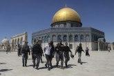 Ponovo neredi ispred džamije: Vređali su Muhameda VIDEO/FOTO