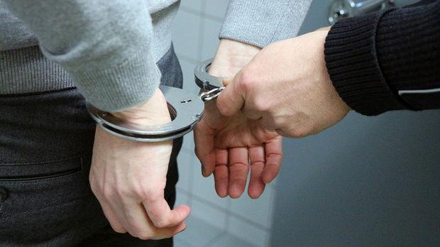 Ponovo uhapšeni policajci