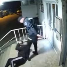 Ponudio sam da platim kaznu, a oni su krenuli s udarcima Oglasio se mladić kojeg su našamarali policajci