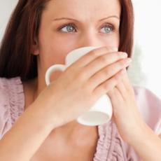 Popijte ovaj čaj uveče, ujutru vas čeka IZNENAĐENJE