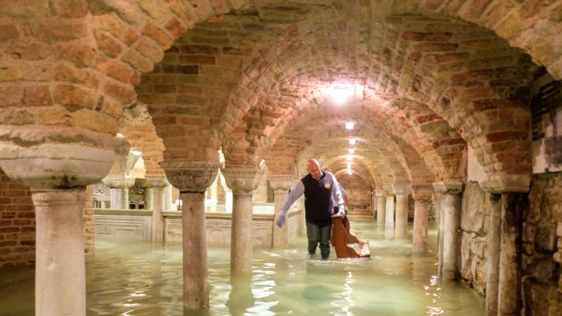 Poplava u Veneciji se povlači