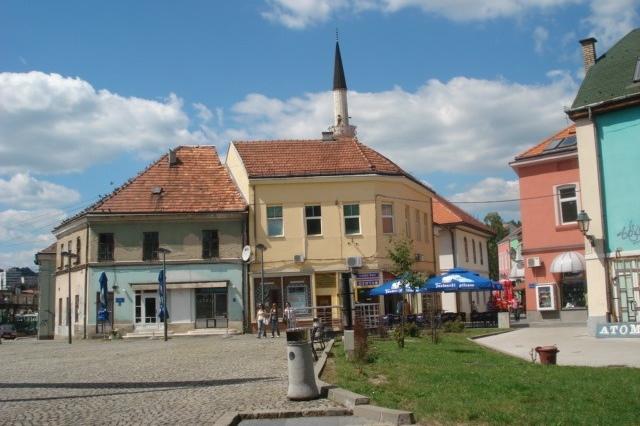 Poplave u BiH: Najteže u Tuzli, oštećeni mostovi...