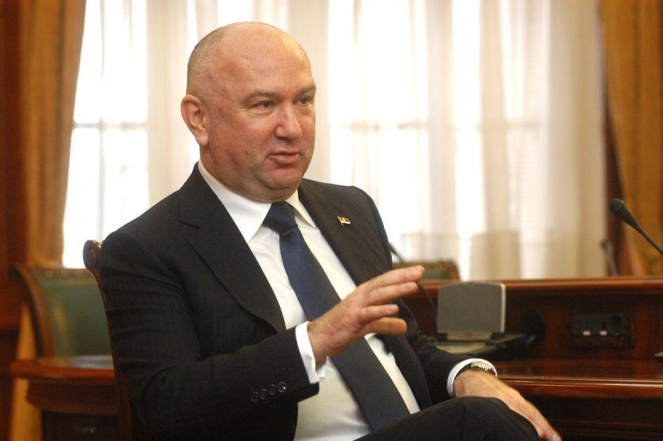 Popović: Srbi i Rusi pobednici, ne dopuštamo falsifikovanje