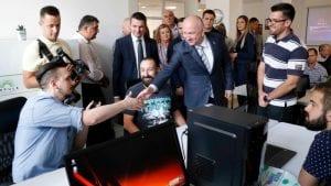 Popović otvorio Regionalni inovacioni startap centar u Gornjem Milanovcu