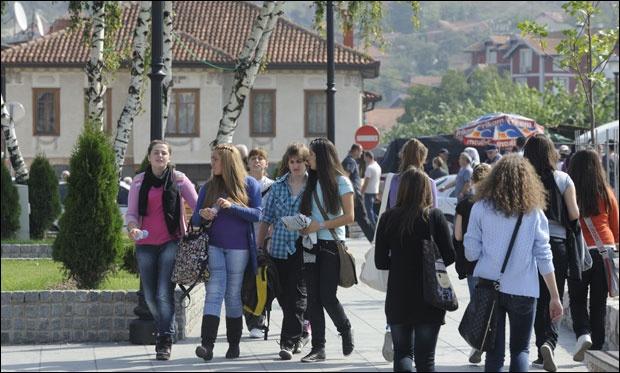 """Poražavajuća statistika: U OŠ """"Bratstvo"""" od 1.700 učenika, svega njih 50 odabralo bosanski jezik"""