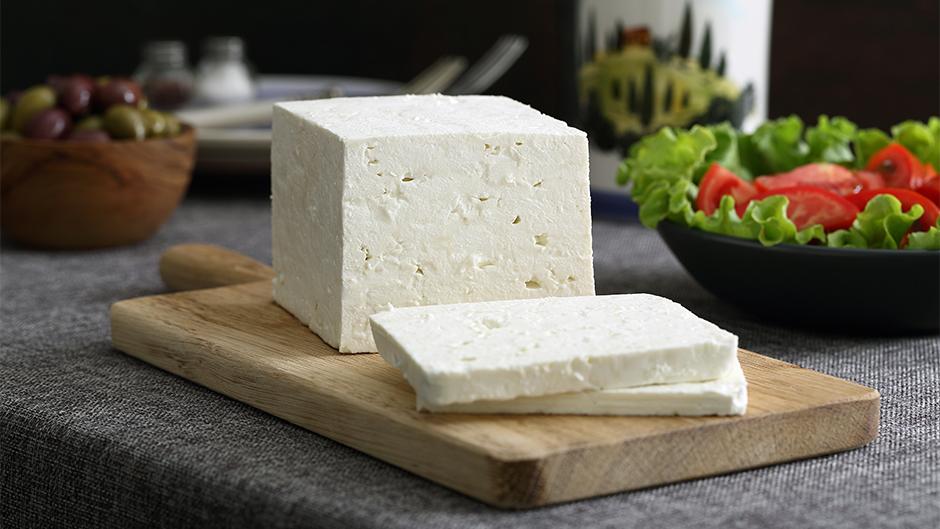 Porcija sira smanjuje rizik od moždanog i srčanog udara