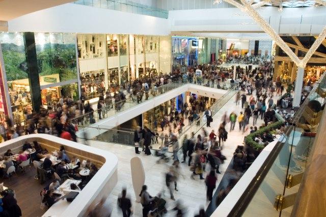Porez na gužve: Država će velikim trgovinama naplatiti probleme koje stvaraju gradovima