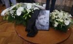Porodica i prijatelji se opraštaju od Petrućija: Posle Mićkovog govora na komemoraciji mnogi su zaplakali (FOTO/VIDEO)