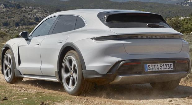 Porsche Taycan Cross Turismo i zvanično