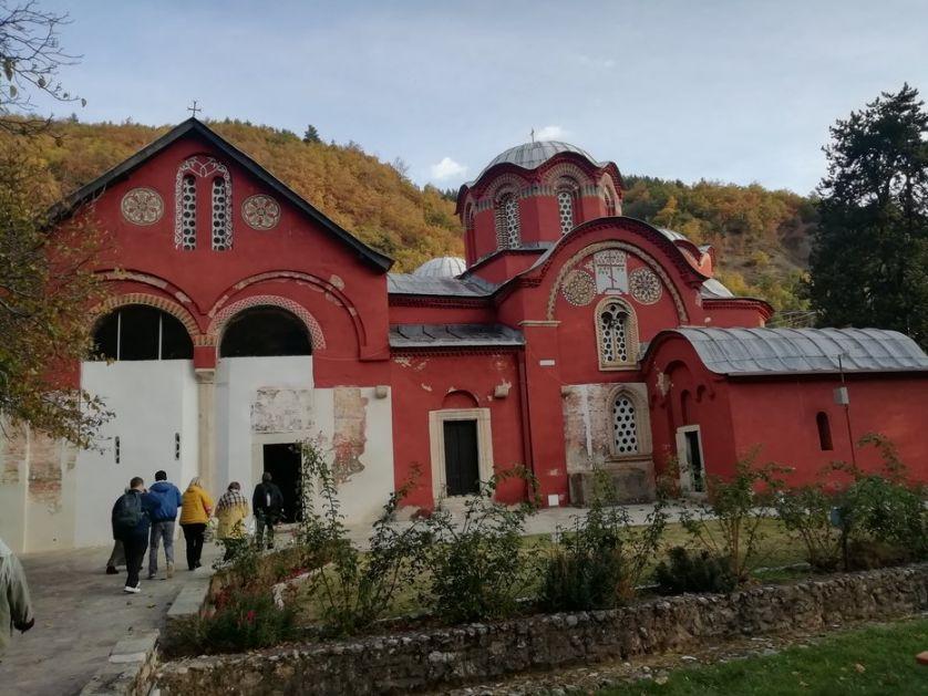 Portal na albanskom jeziku Pećku patrijaršiju proglasio albanskom pravoslavnom crkvom