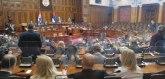 Skupština usvojila Vučićev izveštaj o KiM; Ne interesuje nas vaša nezavisnost, ne damo više na Srbiju VIDEO