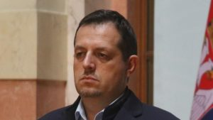 Poslanik DJB: Posle pravnog nasilja sa izborima, u Srbiji sve moguće, pa i proglašenje carevine