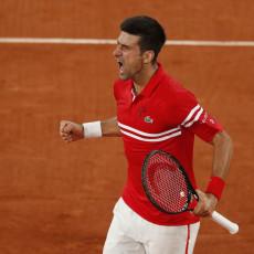 Posle Novakove pobede nad Nadalom pojavila se fotka o kojoj danas bruji ceo svet (FOTO)