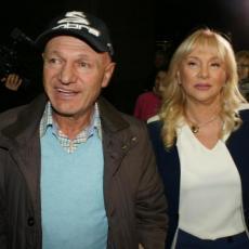 Posle višemesečne ilegale, osvanula prva slika Goce Šaulić: Šabanova udovica i dalje u crnini (FOTO)