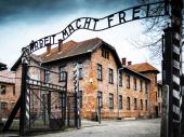 Potomci stradalih u Aušvicu strahuju od jačanja radikalne desnice