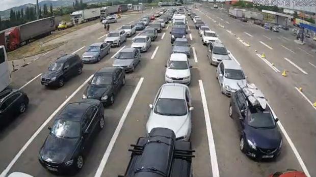 Potpisan sporazum, uskoro zajedničke kontrole na prelazu Preševo–Tabanovce