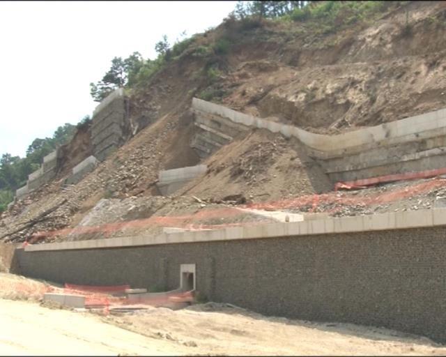 Potporni zid u Grdeličkoj klisuri građen bez dozvole