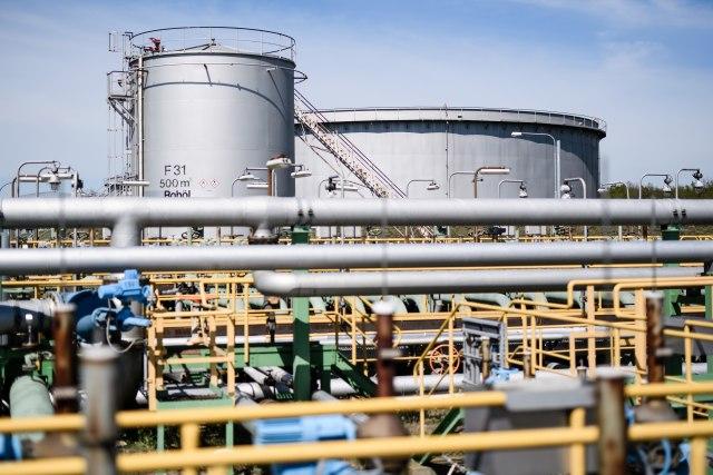 Povećana proizvodnja nafte u SAD: Sledi gomilanje zaliha i pad potražnje
