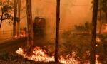 Požar je preveliki da bi se ugasio: Alarmantna situacija u Australiji, razorna vatra stigla do Sidneja, sprema se katastrofa (VIDEO)