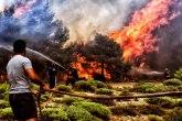 Požar na Zakintosu: Evakuisani stanovnici i turisti, policija okružila sela