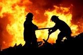 Požar na auto-putu kod Katlanova, širi se ka borovoj šumi