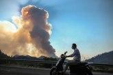 Požar u Dubrovniku; izgorela vozila i gliseri VIDEO