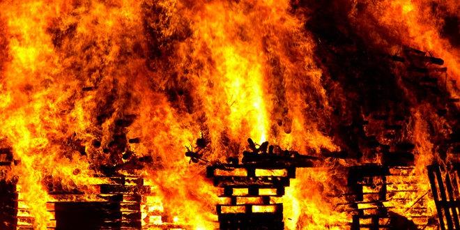 Surčin: Lokalizacija požara, radnik zadobio lakše opekotine