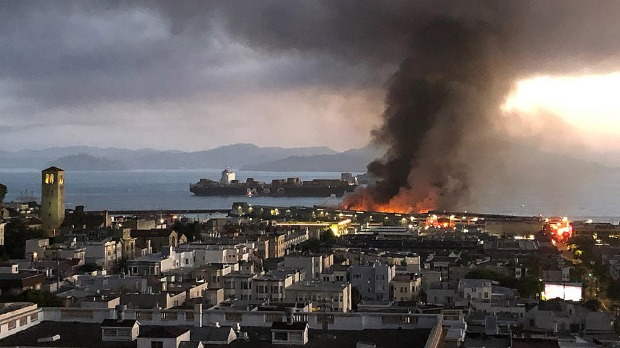 Požar u istorijskom delu San Franciska
