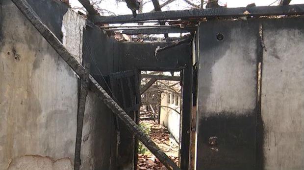 Požar u napuštenom objektu u Smederevu, izgorela krovna konstrukcija