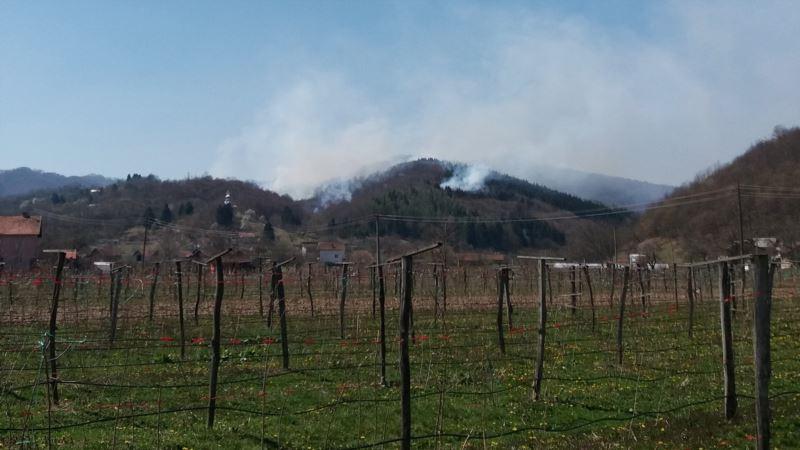 Požari na nekoliko lokacija u Srebrenici i Bratuncu