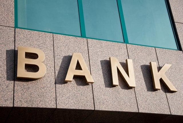 Prebacili trošak na klijente: Banke uvode naknadu za velike depozite