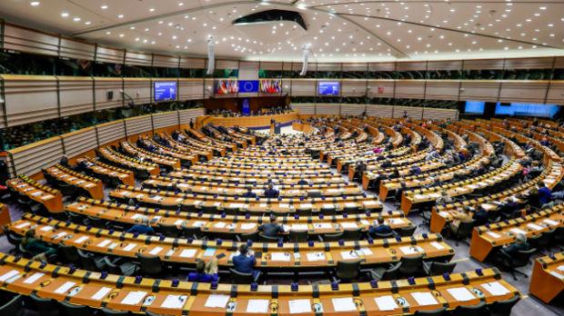 Pred evropskim poslanicima 8 novih amandmana na izveštaj o Srbiji