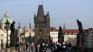 Predsednik Češke traži odobrenje za vakcinu Sputnjik V