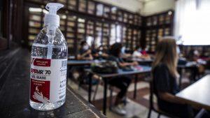 """Predsednik GSPRS """"Nezavisnost"""": Škole u Srbiji nisu u kolapsu, ali su pred vanrednom situacijom"""