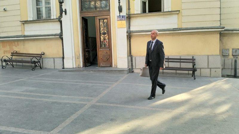 """Predsednik Skupštine podržao akciju """"Dan bez automobila"""" i pešice došao na posao"""