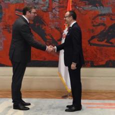 Predsednik Vučić sutra sa Fabricijem: Sastanak sa šefom delegacije EU u Srbiji