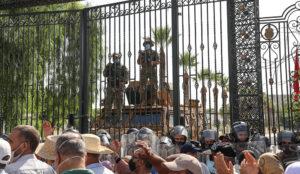 Predsednik parlamenta optužio predsednika Tunisa za državni udar