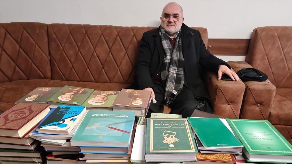 Predsjednik Mešihata donirao 500 naslova Medresi u Tutinu