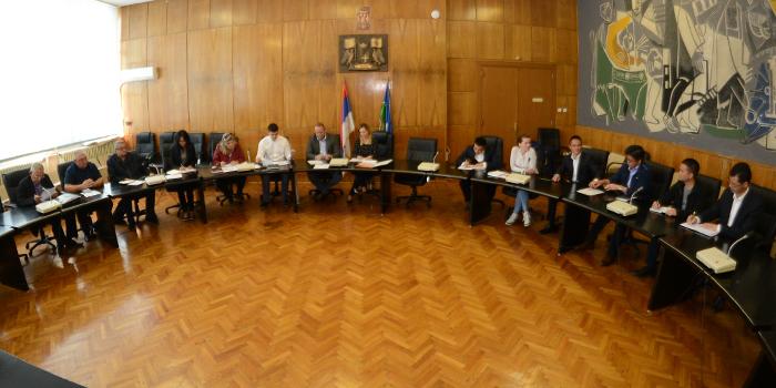 """Predstavnici grada i """"Ziđina"""" razgovarali o zagađenju i izmeštanju teretnog saobraćaja"""