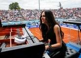 Prelepa pijanistkinja: Sviđa mi se Beograd, jedva čekam da probam ćevapčiće