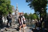 Premijer Holandije prekinuo odmor kad je čuo nove podatke o kovidu 19