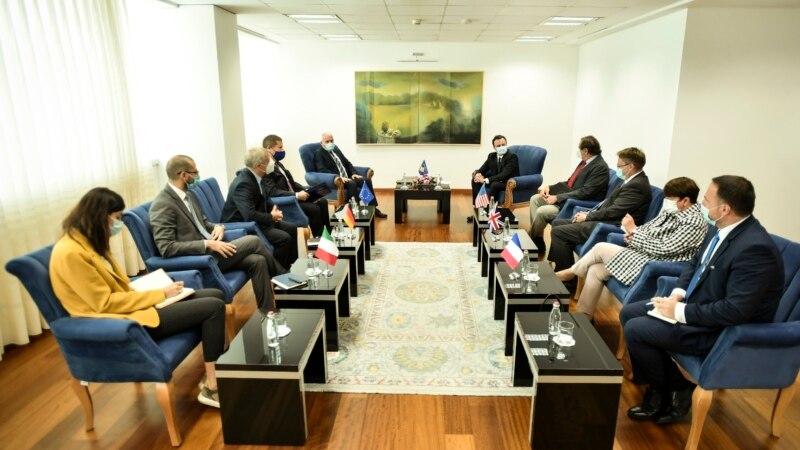 Kurti sa ambasadorima Kvinte: Odluka o tablicama nije provokacija